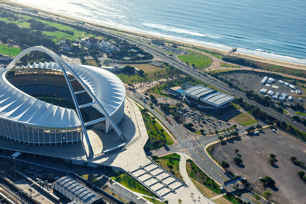 See Durban from the sky with a Legend Heli-Flip for only R350 pp!
